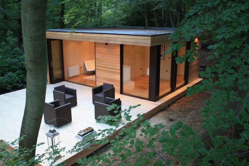 This Tiny Modern Studio Is Sited On A Woodsy Lot In Slough Uk It