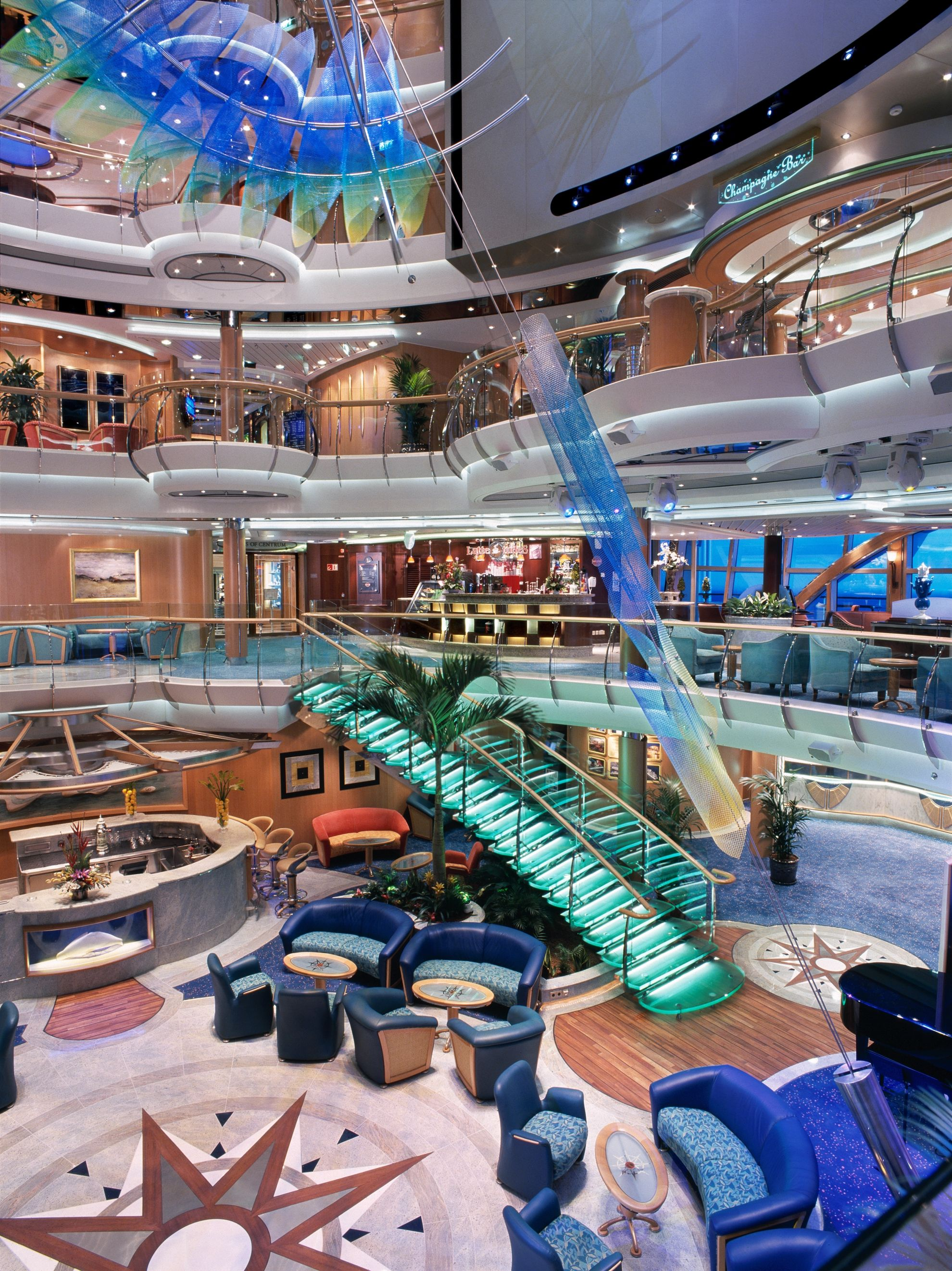 You won't believe your eyes - #SerenadeOfTheSeas is a beauty