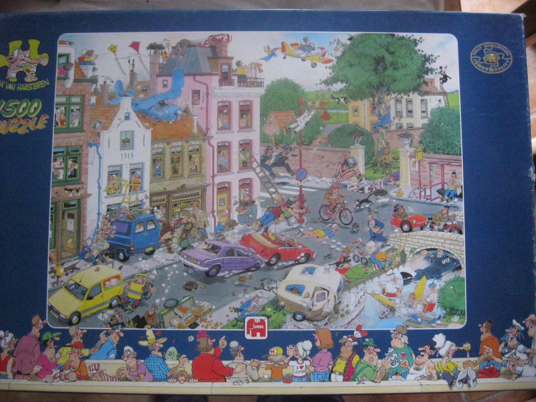 Deze mooie Jan van Haasteren puzzel winnen? Dat kan door de facebookpagina van Het Puzzelhoekje te liken! Bij 150 likes verloot ik deze puzzel. Like dus mijn facebookpagina: https://www.facebook.com/pages/Het-Puzzelhoekje/101784899934407