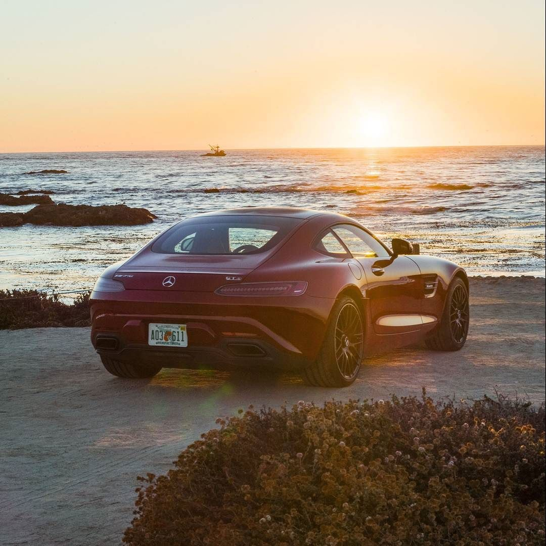 The last days of summer  use them wisely. #MercedesAMG #AMG #MBcars #DrivingPerformance [Mercedes-AMG GT | Combined fuel consumption 9.3 l/100 km | CO2-emission combined: 216 g/km] by mercedesamg
