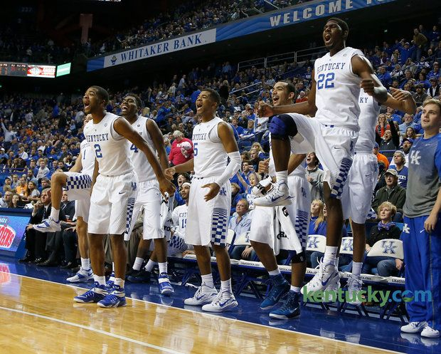 Uk Basketball Cats Smother Georgetown 121 52 In Exhibition Kentucky Sports Uk Basketball Kentucky Basketball