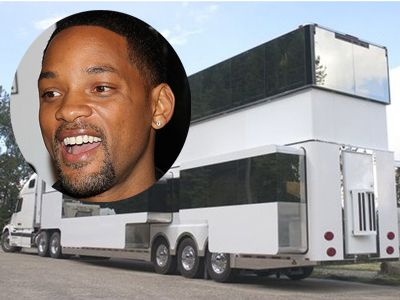 PHOTOS: The Two-Story Mega-Trailer Will Smith Just Parked In ... on vin diesel mobile home, adam sandler mobile home, vintage 2 story mobile home, detroiter mobile home, ashton kutcher mobile home, small kitchen remodel mobile home, lego mobile home, million dollar trailer home, semi mobile home, barbie mobile home, 3 million mobile home, school bus mobile home, pamela anderson mobile home, shipping container mobile home, solar powered mobile home, train mobile home, 1960s mobile home, homemade mobile home, 12x50 mobile home, world's most expensive mobile home,