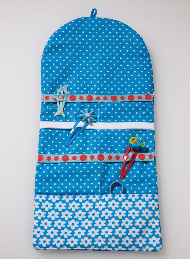 Haarspangenhalter - Süße Spangentasche für kleine Damen in blau - ein Designerstück von KurzeWaren bei DaWanda
