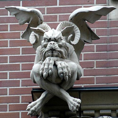 gothic gargoyles ile ilgili pinterest 39 teki en iyi 25 39 den