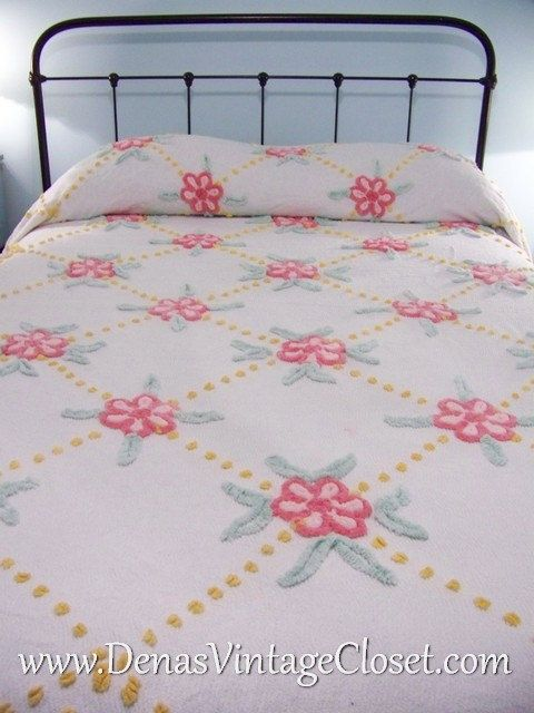 Vintage White Pink yellow Floral Chenille Bedspread - Fringed