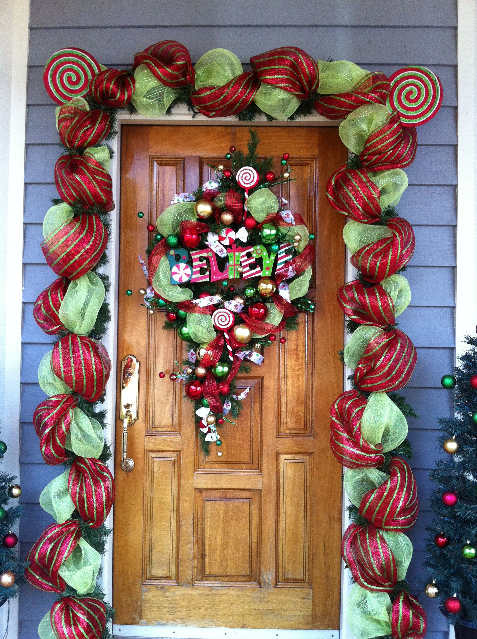 Front door decorations with floral mesh ribbon my for Door decorating ideas
