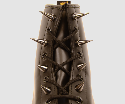 Personalise your Docs with an 8-pack of metallic studs.