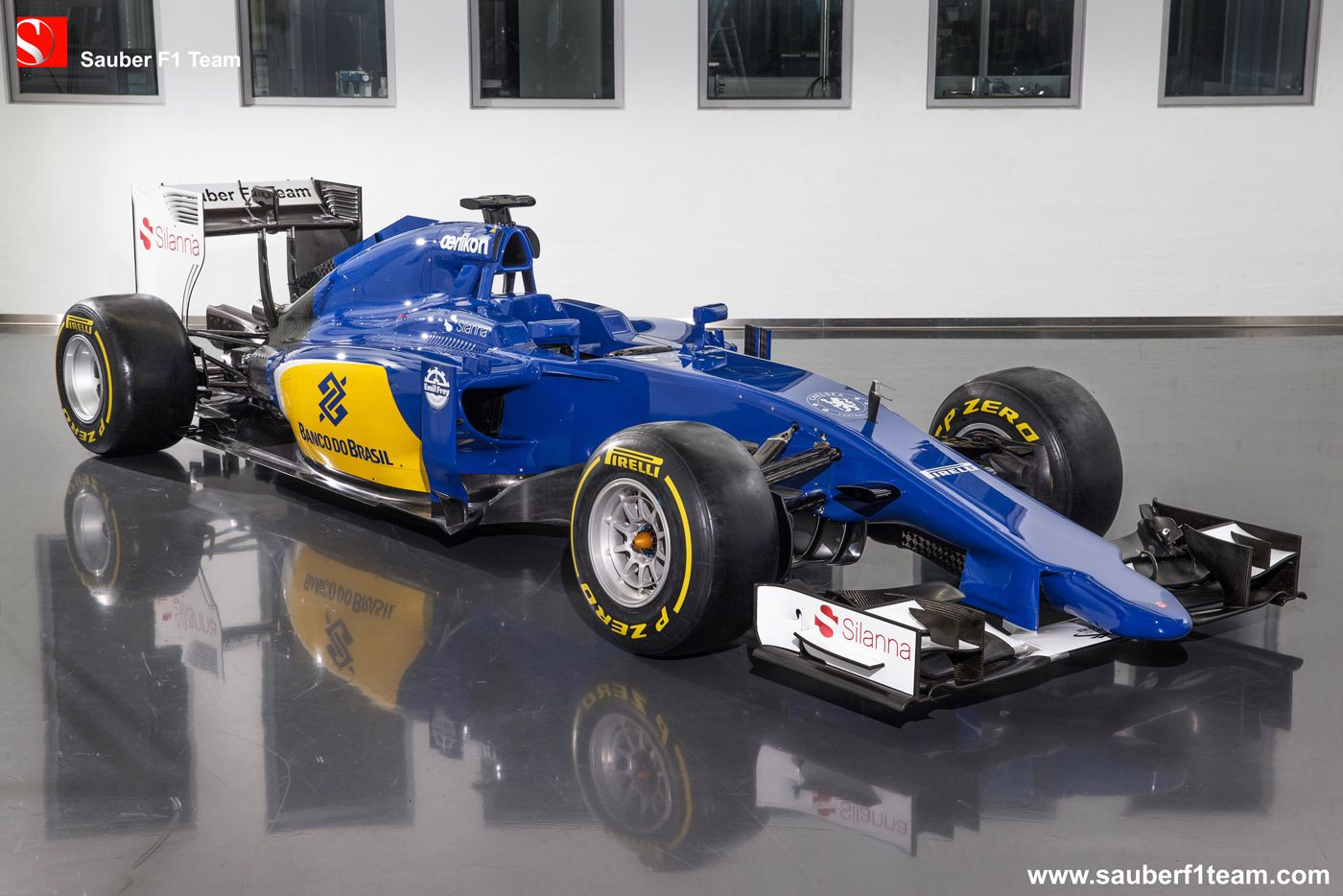 Sauber C34-Ferrari, angular view. More information, pictures and ...