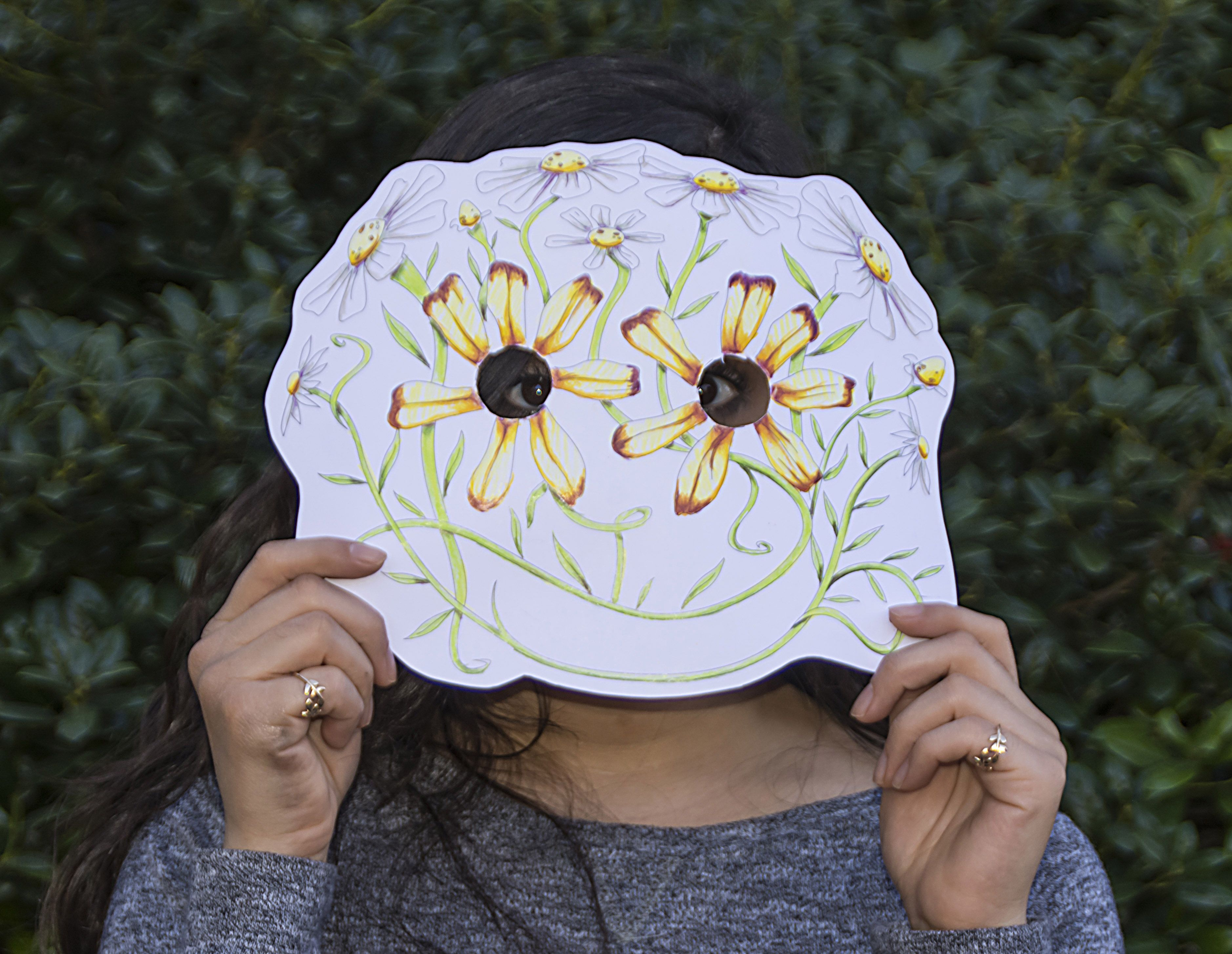 Make your own fun daisy mask! Nature crafts, Daisy, Kids