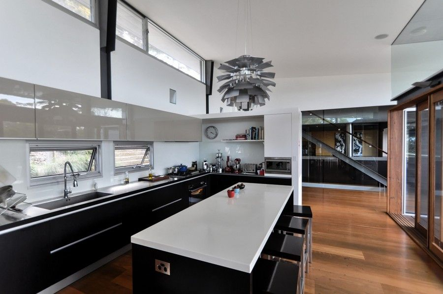 Exquisite Views and Fine Modern Details: Dudley Residence in ...