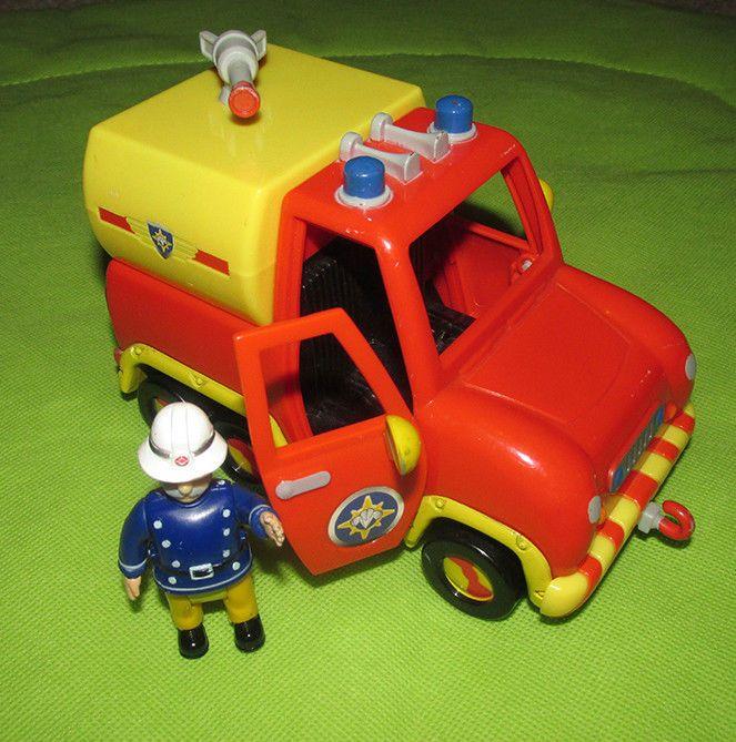 Fireman Sam Station Officer Steele figure  Venus vehicle