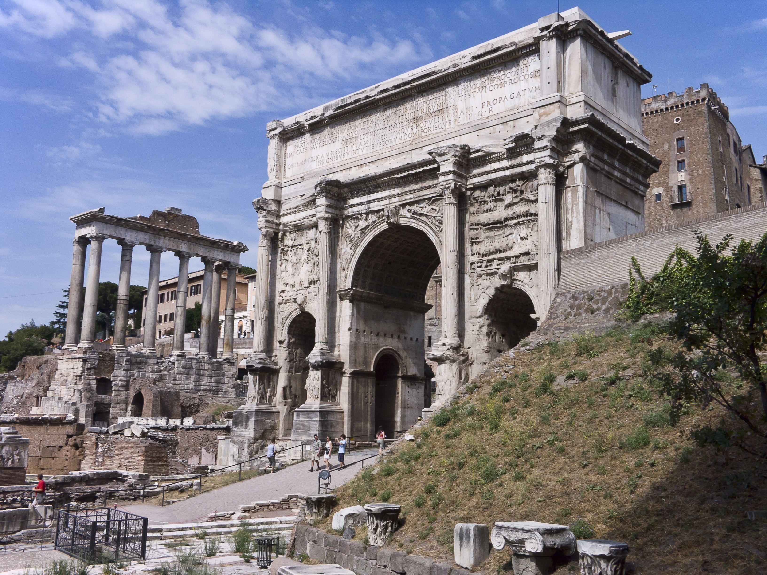 ARC DE TRIOMPHE DE SEPTIME SÉVÈRE Résultats Google Recherche d'images correspondant à http://upload.wikimedia.org/wikipedia/commons/3/38/Rome-ForumRomain-ArcheSeptime.jpg