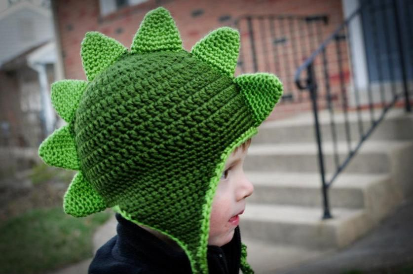 Crochet Dapper Dino Hat Pattern #crochetdinosaurpatterns