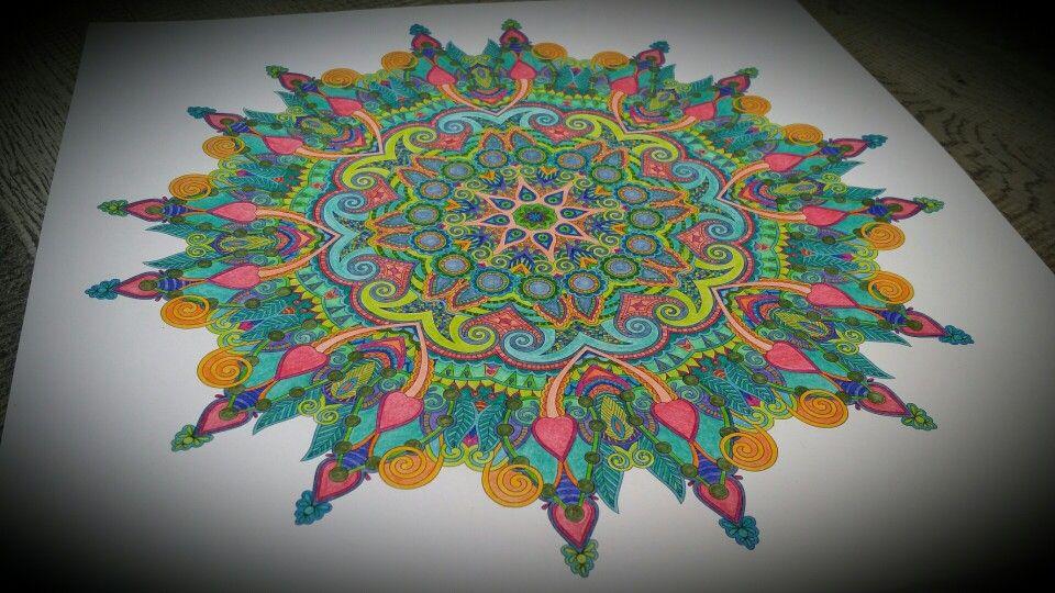 Mandala Kleurboek Voor Volwassenen Gekleurd Met Bruynzeel