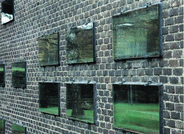 St Petri Kyrka, Sigurd Lewerentz (Window detail)