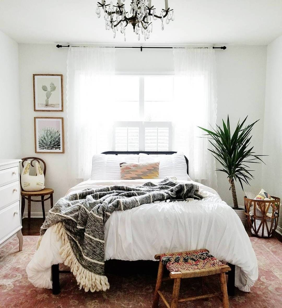 Best Minimalist Bohemian Bedroom Boho Chic Bright And Airy Bedroom Airy Bedroom Home Decor 640 x 480