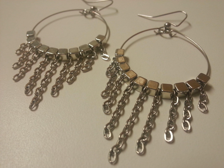 Easy, Cute and Fun DIY Dangle Chain Memory Wire Earrings. | Jewelry ...