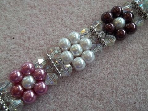This week, Kelly from Off the Beaded Path, in Forest City, North Carolina brings you another fun and easy project. This week she shows you how to make a beau...