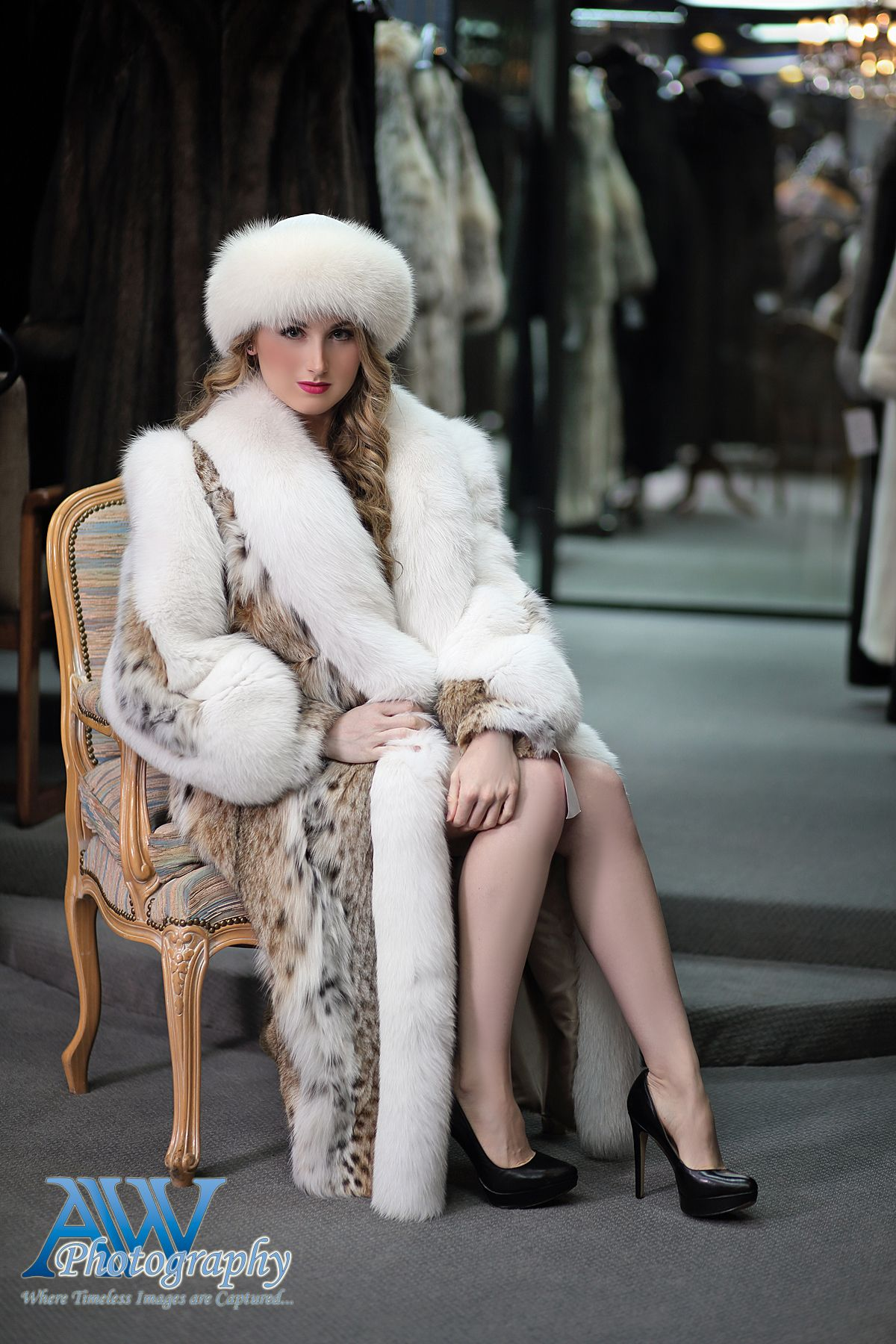 Pin By Chris Norman On Fur 18 Fur Fur Clothing Coat