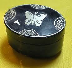 vintage powder box