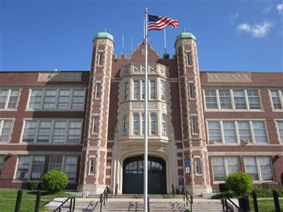 Charmant School Listings / East Boston High School