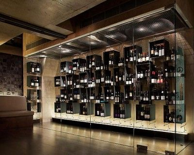 cool wine room restaurant pinterest cave vin et vignoble. Black Bedroom Furniture Sets. Home Design Ideas