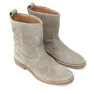 Yummy suede boots!