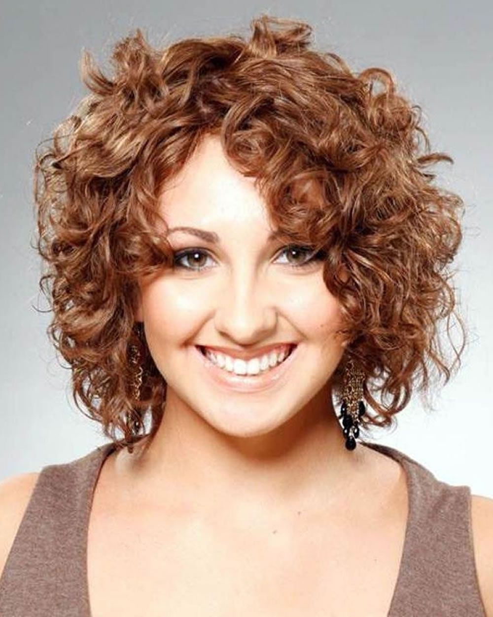 30+ Current Female Hairstyles 2016 » Hairstyles Pictures - #hair #hairstyle  #hairstyles #haircut #haircuts #hairstylesforwoman #h… | Short curly  hairstyles for women, Short curly haircuts, Haircuts for curly hair