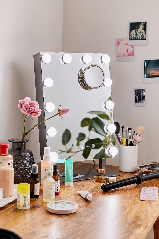 iHome Hollywood Vanity Mirror Bluetooth Speaker in 2020