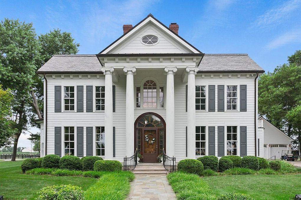 685 Handy Rd, Harrodsburg, KY 40330 House styles