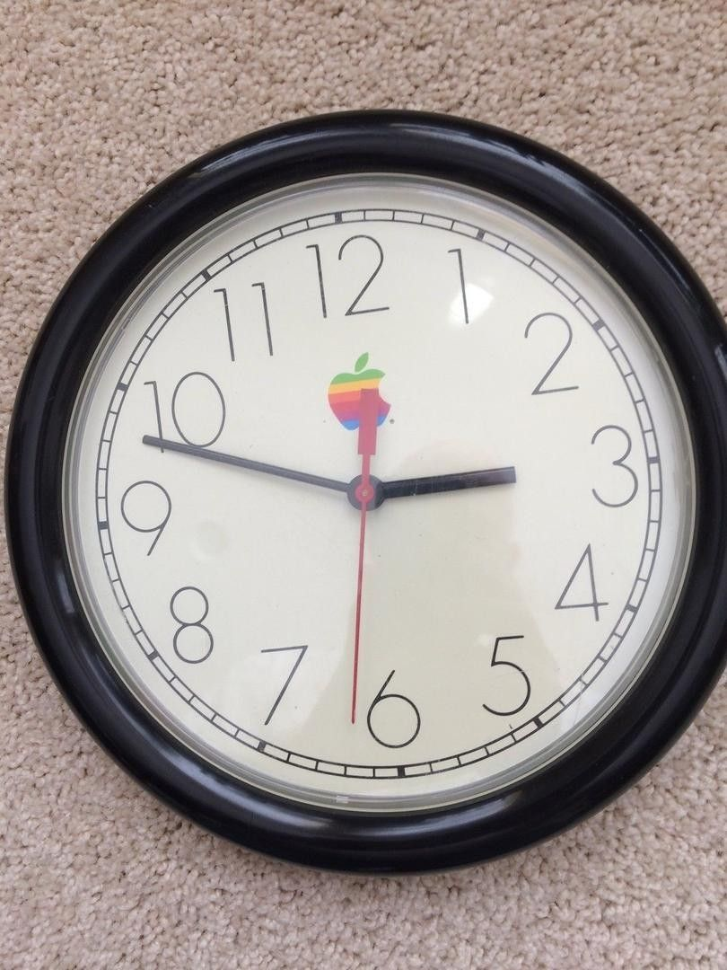 70 2016 Apple Computer Wall Clock In Excellent Condition And Is In Working Order Quartz Mechanism For Clock 10 Inch Diameter Apple Computer Clock Apple
