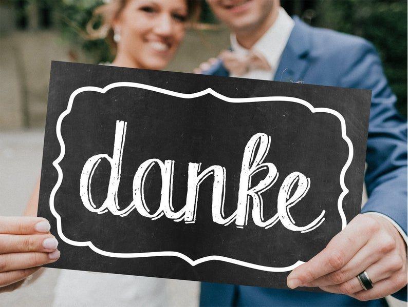 Papierschild Danke Vor Der Hochzeit Kaufen Und Am Hochzeitsdank Ein Foto Damit Machen Ideal Fur Die Dankeskarte In 2020 Company Logo Tech Company Logos Amazon Logo