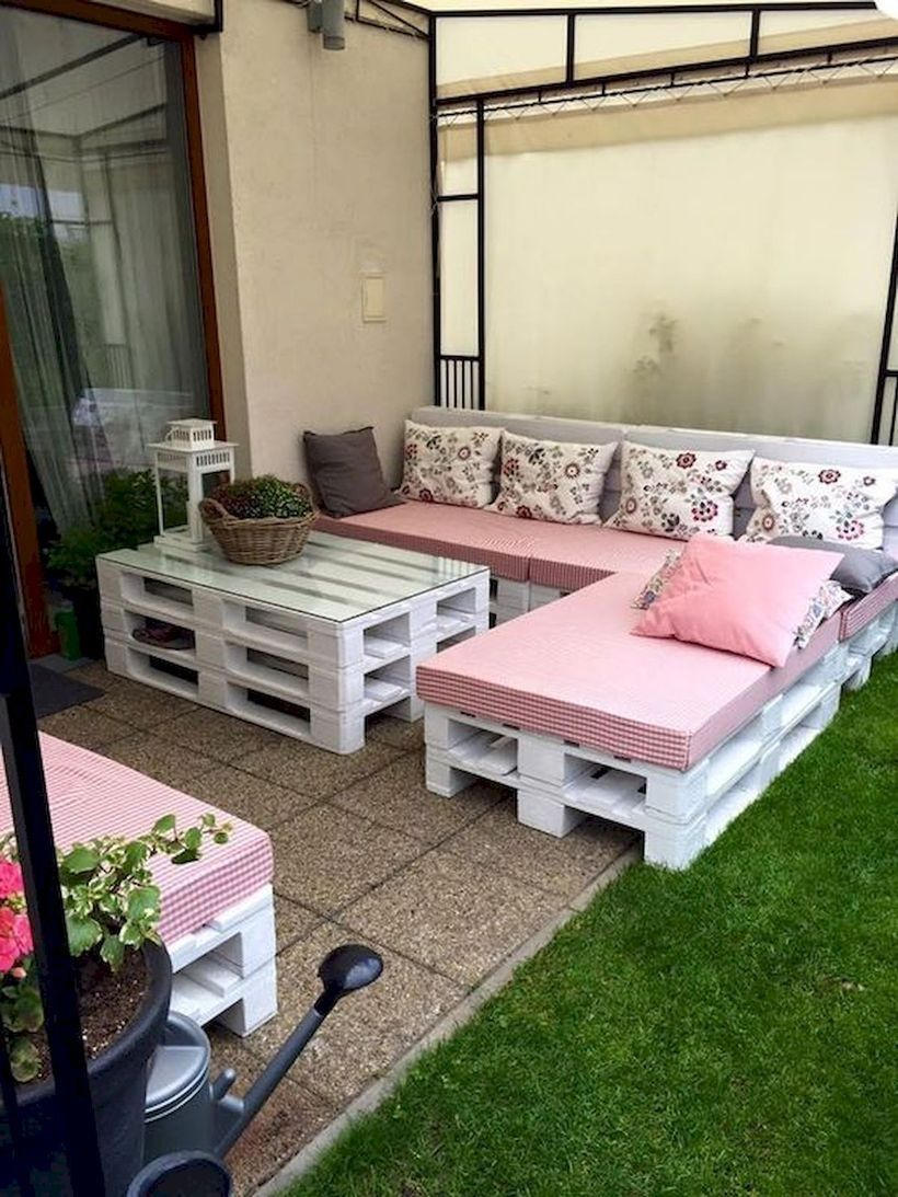 44 Amazing DIY Outdoor Pallet Furniture Ideas for your Dream House
