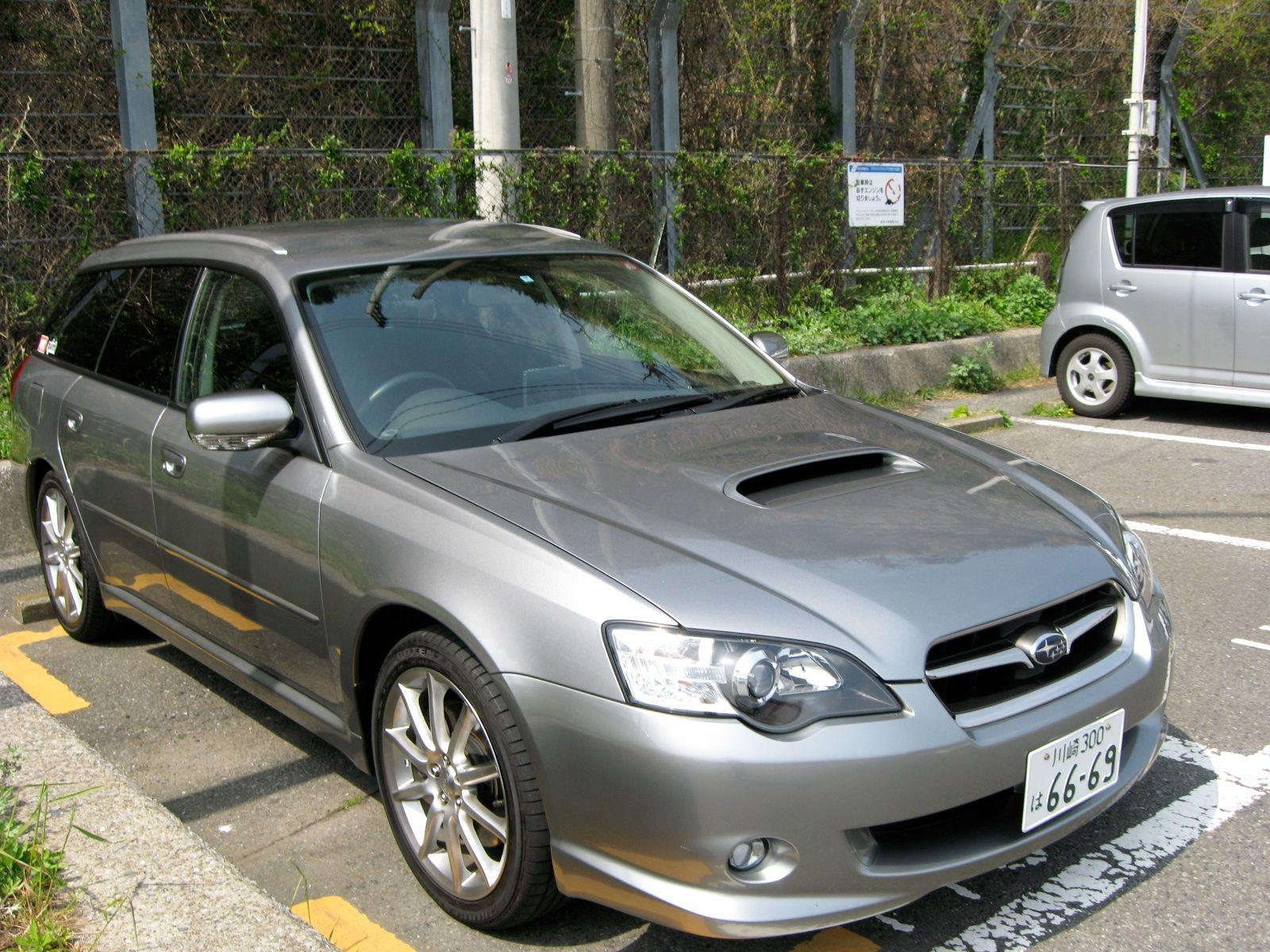 Subaru XV Crosstrek A new pact wagon like crossover SUV