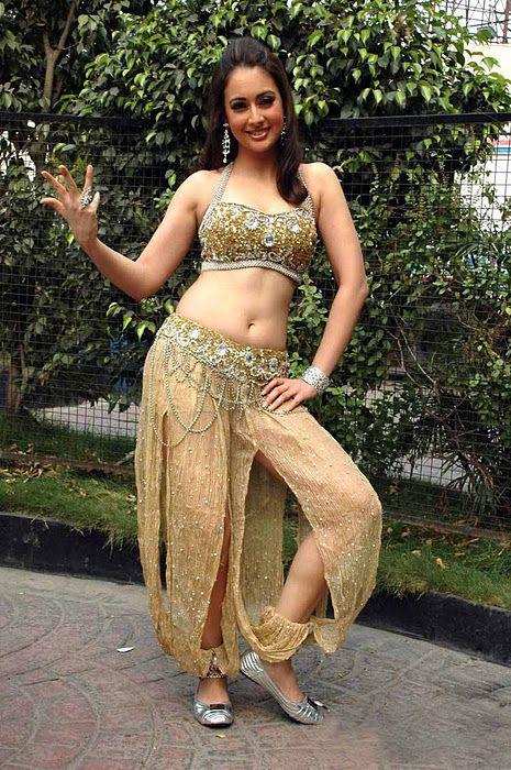 Preeti Jhangiani Hot Bikini