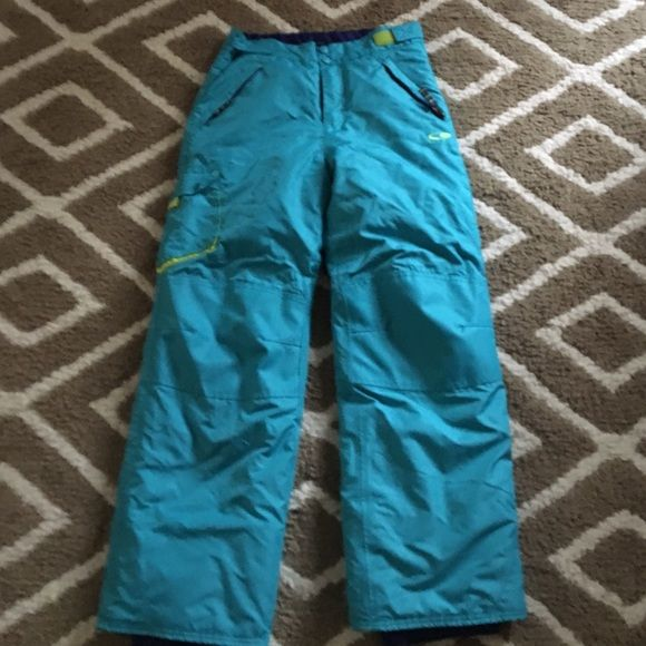 Snow pants Very warm snow pant like new only wore them once Champion Pants