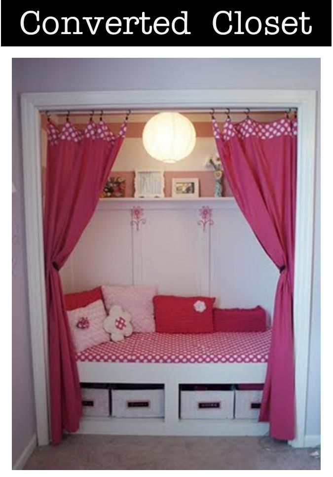 Convert A Closet To A Reading Room For The Kids #ReadingNook #ReadingRoom  #SummerReading