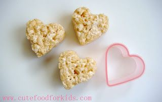 Turn 1 Rice Krispies Square into 3 Hearts