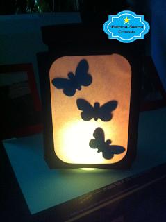 http://patriciasoarescriacoes.blogspot.com.br/2016/06/luminaria-fada-borboletas-no-pote.html
