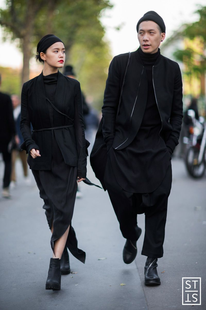 Nice all-black pair Minimalist Fashion 0c35f67ac80f