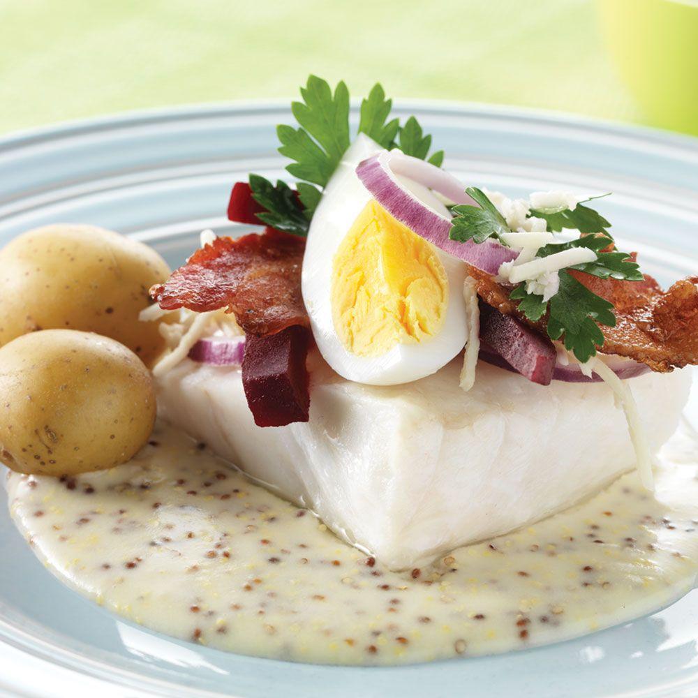 Torsk med sennepssauce | DANISH - JULEMIDDAG | Seafood, Bacon, Food