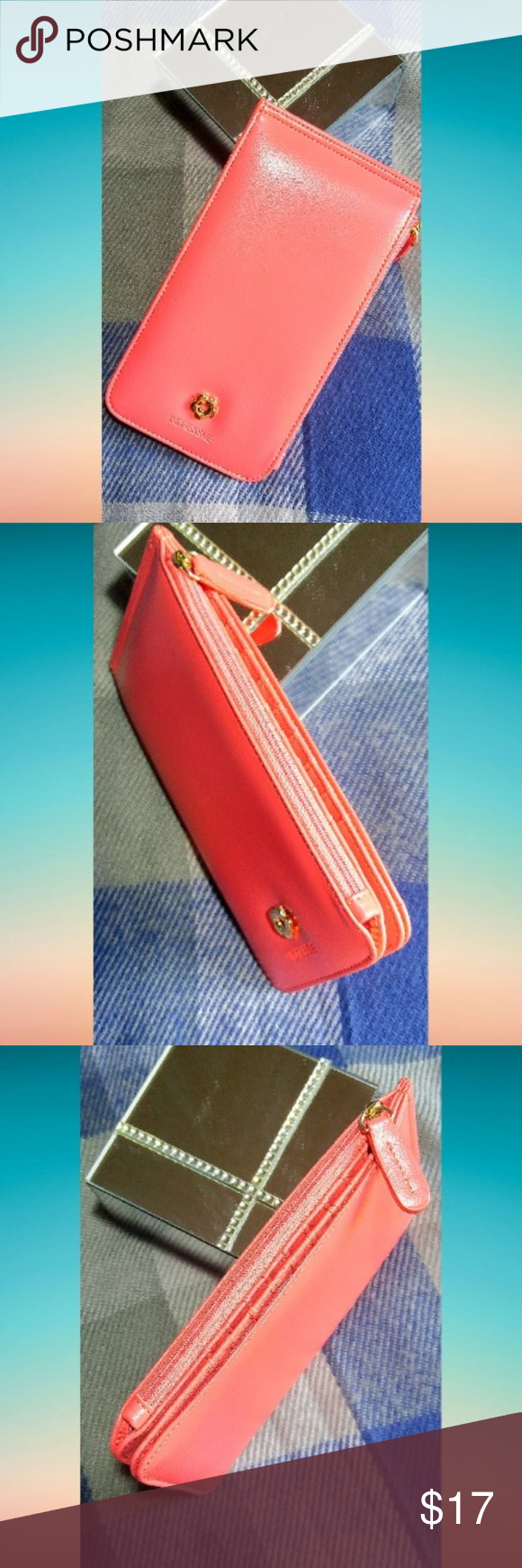 RFID Blocking Multi Card Slot with Pocket Clutch NWT