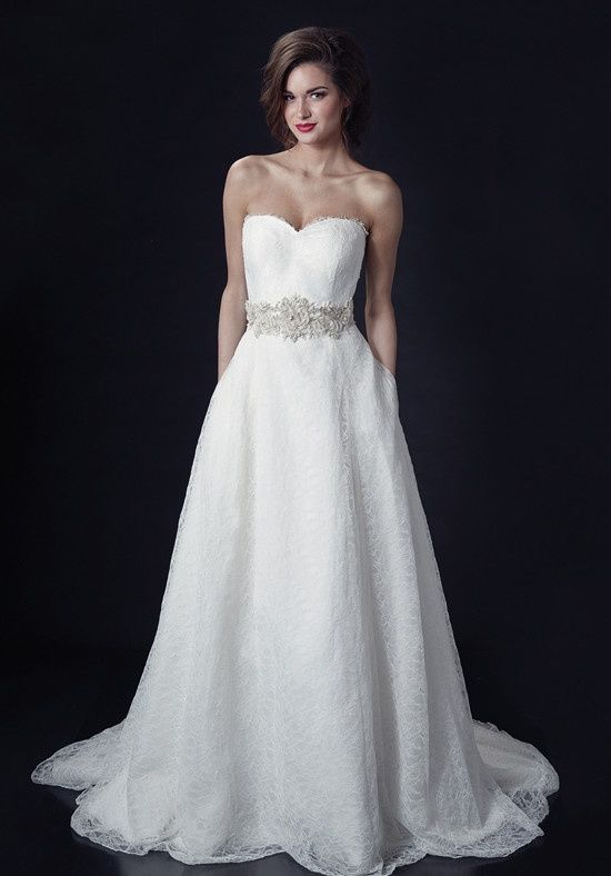 Exaggerated a-line wedding gown with sweetheart neckline, pockets ...