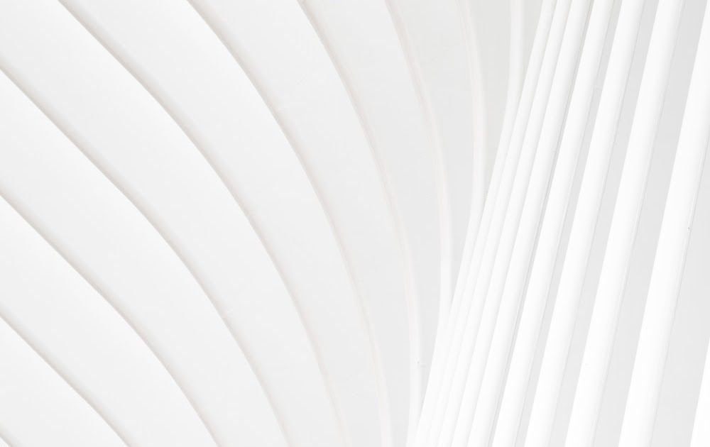 White Wallpapers Free Hd Download 500 Hq Unsplash 30 Hd White Wallpapers White Desktop Backgro White Desktop Backgrounds White Wallpaper Designer Wallpaper