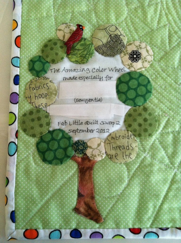 unique quilt label ~ tree from appliqué circles