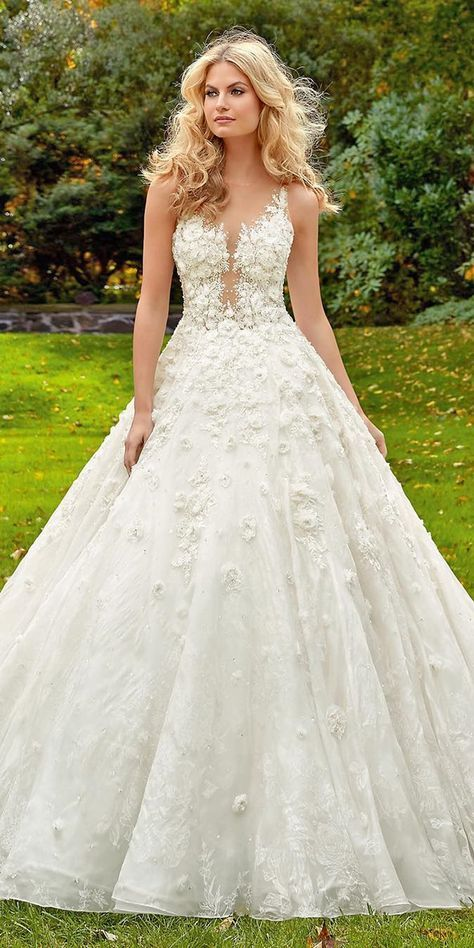 10 Wedding Dress Designers You Want To Know About Designer