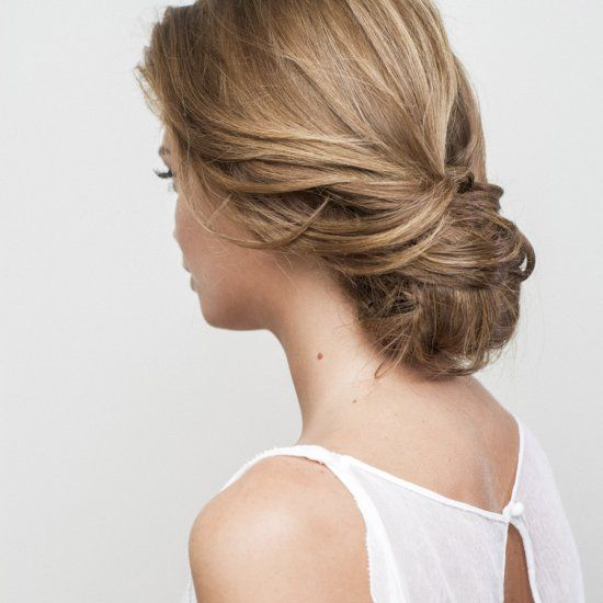 Easy step by step tutorial on creating an elegant chignon, the perfect wedding hair