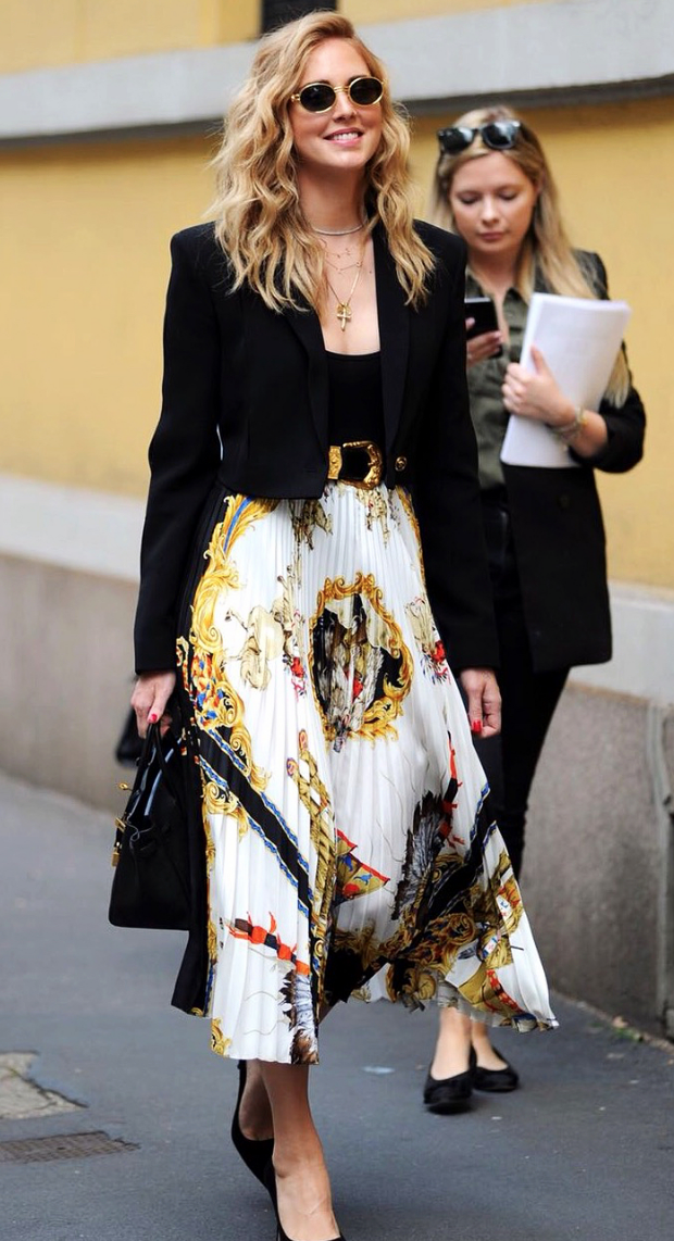 d26a876722 Classic and beautiful Chiara Ferragni with her Versace printed silk skirt
