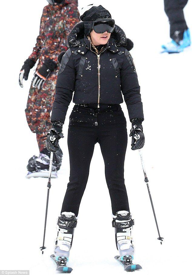 29d46c4b747fdd Fashionable  Khloe Kardashian dressed in all black while rocking braids for  her ski outing.