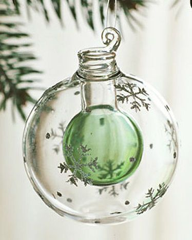 Scented Ornament....having allergies to live trees, I miss ...